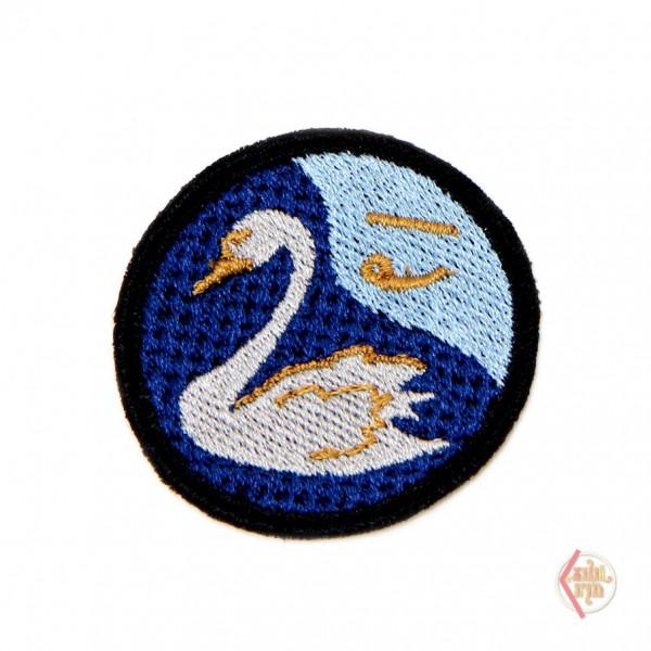 Нашивка Чертог Лебедя 4.5 см с клеевой основой