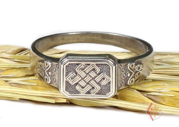 Кольцо Кельтский узел любви