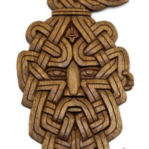 Панно Князь Святослав орех ручная резка 28х17 см