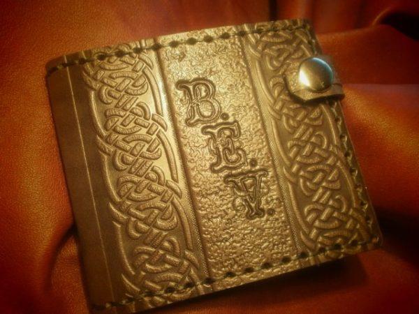 Кожаный кошелек. Подарочный с инициалами
