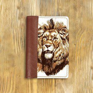 Кожаная обложка для паспорта. Лев2