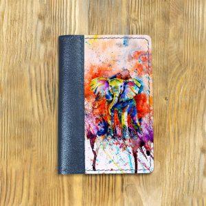 Кожаная обложка для паспорта. Слон в цвете